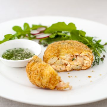 Huon Salmon fish cakes with rocket, radish, capers and lime