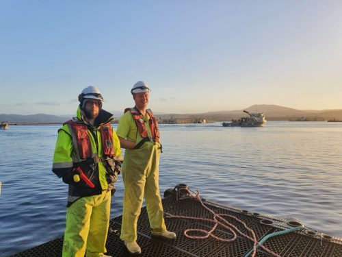 bath crew on wharf