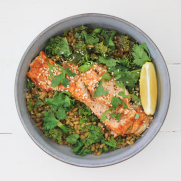 Supergrain Salmon & Kale Bowl